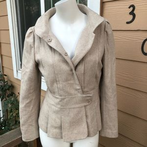 Gorgeous wool fitted tan jacket